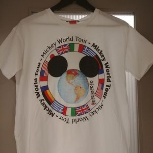 Womens Disney Mickey World Tour US M